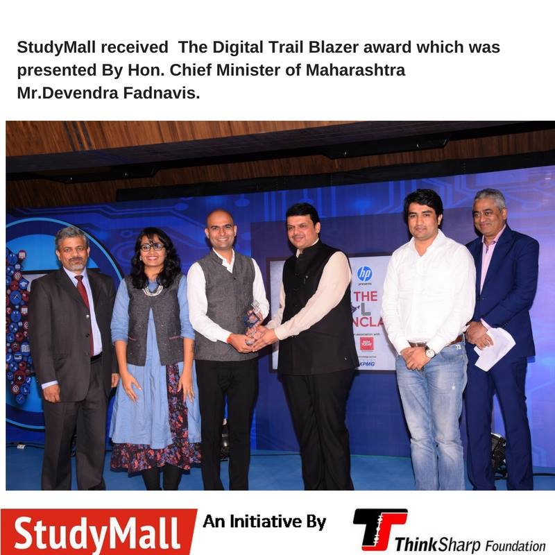 Digital Trial Blazer award presented to Us.